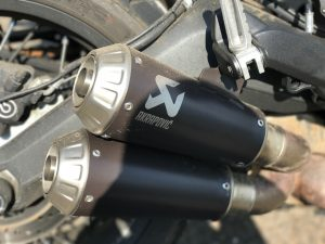 Akrapovic Slip-On Titanium S-D8SO3-HCUBTBL